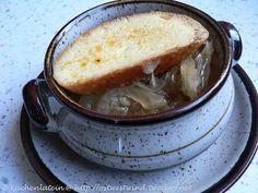 Suppe der Woche: Zwiebelsuppe aus dem Slowcooker - kuechenlatein.com