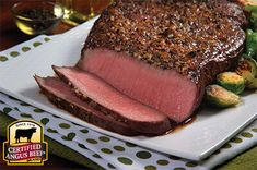 Top Round Roast with Lemon Garlic Marinade: Taste the difference. There& Angus. Then there& the Certified Angus Beef ® brand. Beef Top Round Roast Recipe, Top Round Steak, Beef Round, Round Steak Marinade, Roast Beef Marinade, Marinated Beef, Pot Roast, Beef Kabob Recipes, Roast Beef Recipes