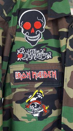 Patched militaire Camouflage jas / van KodChaPhornJacket465 op Etsy