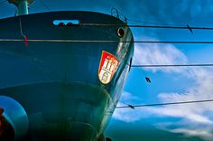 'Hamburg Schiffsbug' von Ingo Boelter bei artflakes.com als Poster oder Kunstdruck $19.41