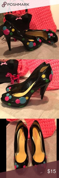 """Jessica Simpson Patent Leather Confetti Dot Heels❣ Jessica Simpson 4.25"""" stiletto high heels, peep toe, black patent leather with colorful confetti circles. Doesn't say whether they are genuine leather but many of her shoes are. Pre-owned, excellent condition. Footpetals cushions were applied to the inner sole and heel to make them more comfortable. They are clean and functional - you may remove them after purchase but be warned that removing them may damage the surface of the sole. Size 8.5…"""