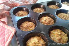 Tortitas de patatas y queso fresco en el horno en vez de fritas, así tienen menos calorías y son más saludables www.cocinasalud.com