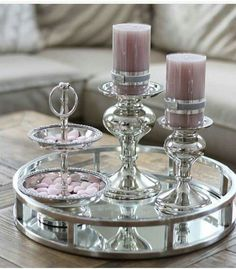 Most popular ways to elegant with organizing a small bathroom decor your apartment 35 - Esszimmer Ideen Coffee Table Styling, Decorating Coffee Tables, Table Decor Living Room, Small Bathroom Organization, Coffee Tables For Sale, Creation Deco, Tray Decor, Living Room Designs, Interior Decorating