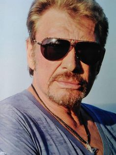 Johnny Hallyday ♥️ Christian Audigier, Pilot, Photos, Mens Sunglasses, Style, Souvenir, Artist, Swag, Man Sunglasses