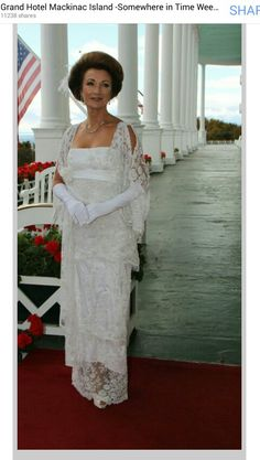 Come celebrate the Anniversary of Somewhere in Time Weekend at Grand Hotel Somewhere in Time Weekend is one of our most popular and special weekends at Grand Hotel. The movie Somewhere In Time was filmed at Grand Hotel and on Mackinac Island in 1979 Jane Seymour, Dr Quinn, Bon Film, Christopher Reeve, Somewhere In Time, Lady Jane, Mackinac Island, Great Movies, 1980's Movies