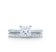 Tiffany  Co. | Engagement Rings | Princess Cut | United States AHHHH! Its perfect! Ive been trying to find one thats perfect and here it isssss!
