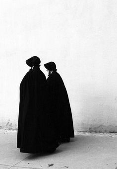 Nuns of the Sisters of Charity order, St. Vincent's Hospital, New York City. Taken in the 1960s; they no longer wear this habit.