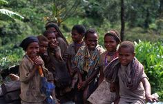 Amungme children. Timika, Papua (2013). http://en.wikipedia.org/wiki/Amung_people