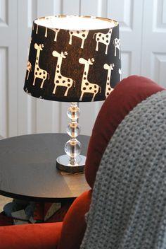 For the Nursery - Giraffe Print Lamp Shade (also DIY); our inspiration for the giraffe artwork. Giraffe Bedroom, Giraffe Decor, Giraffe Print, Baby Nursery Themes, Baby Room Decor, Nursery Art, Nursery Decor, Giraffe Pictures, Project Nursery