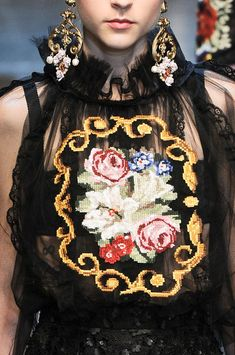 Dolce & Gabbana Fall 2012 - Details #Floral #Print #Pattern