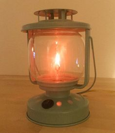 Retro Electric Lantern Lamp with Vintage Style Flicker Flame Bulb