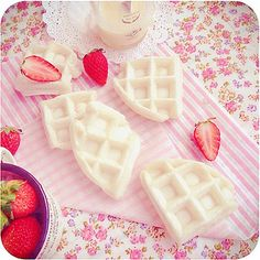 Moffles モッフル by bossacafez, via Flickr | moffles are mochi waffles that are currently a big hit in japan! crisp on the outside and chewy on the inside, they can be paired with either a sweet or savory topping. they can also be eaten like a sandwich with a filling