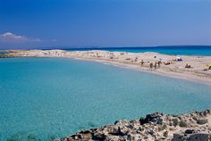Playa de Ses Illetes Location: Formentera, Balearic Islands Best time to go: Year-round Dark Beach, Ibiza Formentera, Maldives Beach, Balearic Islands, Beaches In The World, Tropical Paradise, Trip Advisor, The Good Place, Beautiful Places