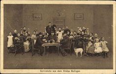 Postcard Kreis Sulingen im Kreis Diepholz, Spinnstube, Spinnräder, Trachtengruppe