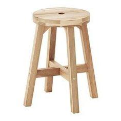 IKEA - SKOGSTA, Hocker, Massivholz ist ein strapazierfähiges Naturmaterial.