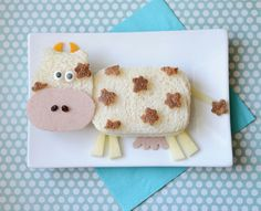Cute Food - Animals - Silly Lunch & Breakfast Ideas For Kids Toddler Meals, Kids Meals, Cow Food, Fille Au Pair, Finger Foods For Kids, Food Art For Kids, Childrens Meals, Creative Food Art, Food Fantasy