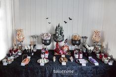 Halloween sweet table - dessert table =)   Inspirasjon halloween party! Dessertbord / kakebord   God morgen Norge tv2