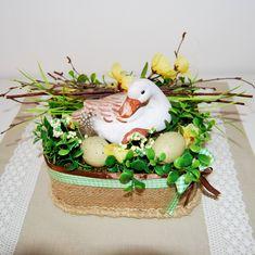 Stroik wielkanocny, stroik Wielkanoc, dekoracja wielkanocna, stroik juta, dekoracja juta, stroik z kaczuszką, stroik naturalny, dekoracja wiosenna, stroik wiosna Wielkanoc