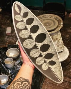 Playing in the studio sgraffito pottery clay blackandwhite theclayspace Ceramic Decor, Ceramic Clay, Ceramic Painting, Ceramic Plates, Ceramic Houses, Pottery Plates, Slab Pottery, Ceramic Pottery, Pottery Art
