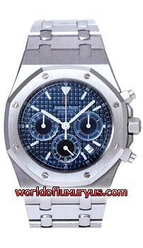 "26300ST.OO.1110ST.04 - Brushed finished Stainless Steel case & bracelet with polished bevel edges. Metallic Blue dial with an engraved tapestry ""waffle"" design. - See more at: http://www.worldofluxuryus.com/watches/Audemars-Piguet/Royal-Oak/26300ST.OO.1110ST.04/62_63_3157.php#sthash.60vjpxGg.dpuf"