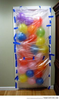 Birthday Morning Balloon Avalanche… one day when i have a kid I am so doing this!!!