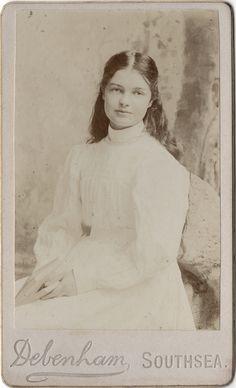 Victorian Photo / Original Print / Signed: Debenham / Date of Creation: 1880 -1900 / Photo Type: CDV / Color: Sepia / Region of Origin: Southsea - Hampshire - England