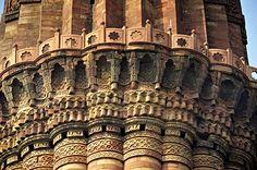 Qutb Minaar, New Delhi, India Mughal Architecture, Colonial Architecture, Art And Architecture, Great Buildings And Structures, Modern Buildings, Delhi India, New Delhi, Sri Lanka, Bangkok