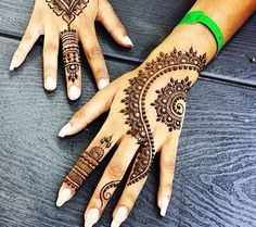 85+ Easy And Simple Henna Designs Ideas That You Can Do By Yourselfu2026 | Tattoos | Pinterest ...