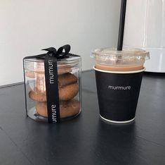 Baking Packaging, Dessert Packaging, Food Packaging Design, Coffee Shop Branding, Coffee Packaging, Cafe Menu, Cafe Food, Cafe Shop Design, Decoration Patisserie