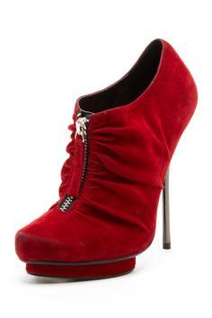I wish I could wear still wear heels!