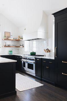 Black & White Kitchen Renovation Inspiration   Miranda Schroeder  www.mirandaschroeder.com
