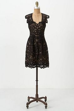Regal Scrolls Dress - This Anthropologie dress is SO on my wishlist!