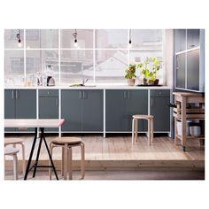 IKEA | FYNDIG kitchen in grey.