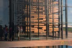 Zaragoza International Exhibition. EDL Sculpute  #edl #edlcreativewater #edldesign #edlwater #water #edlsculptures #sculpture #sculptures #sculpturewater #sculputuredesgin #sculpturefountain #design #architecture