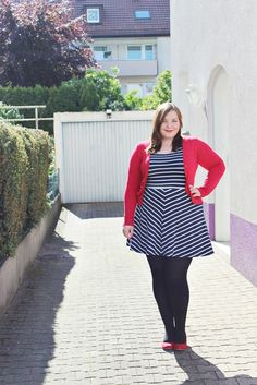 http://kathastrophal.de // Plus Size Fashion   Red, White & Blue {What I Wore} #plussize #psbloggers #fatshion