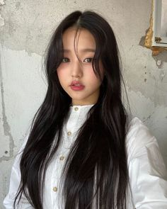 IZ*ONE's Wonyoung makes trending headlines for her doll-like visuals Eyes On Me, Japanese Girl Group, The Wiz, Ulzzang Girl, Kpop Girls, Yuri, Korean Girl, My Girl, Babe
