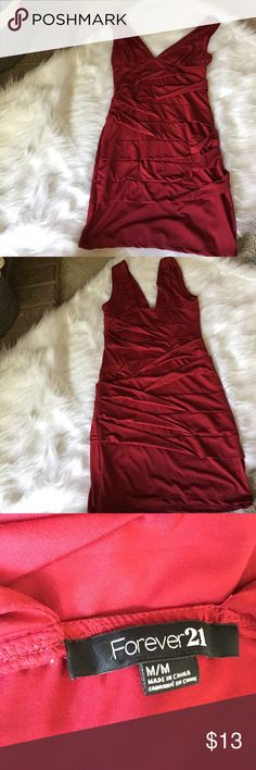 Red going out dress Worn once for Valentine's Day a couple years ago. Super flattering on with the fabric detail. Forever 21 Dresses Midi