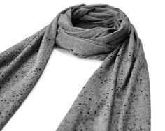 Hektik Streetwear Speckled Scarf | grey - black print #hektik #streetwear #fashion #urban #streetart #graffiti #speckled #scarf #jersey #heather #cotton Black Print, Streetwear Fashion, Graffiti, Street Art, Urban, Grey, Cotton, Women, Style