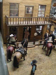 1:6 scale saloon diorama
