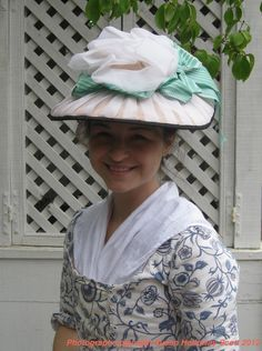 Colonial Williamsburg hats for Women | Two Nerdy History Girls