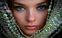 BEAUTIFUL STRANGER, BEADS, CRYSTAL, GIRL, MODEL, PRETTY, WOMAN