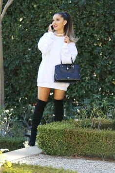 Ariana Grande // candids More celebrity style Ariana Grande Fotos, Ariana Grande Pictures, Ariana Grande Weight, Surfergirl Style, Elegantes Outfit, Kendall Jenner Outfits, Celebs, Celebrities, Ideias Fashion