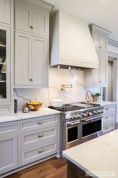Uplifting Kitchen Remodeling Choosing Your New Kitchen Cabinets Ideas. Delightful Kitchen Remodeling Choosing Your New Kitchen Cabinets Ideas. New Kitchen Cabinets, Diy Kitchen, Kitchen Dining, Kitchen Decor, Kitchen Ideas, Awesome Kitchen, Kitchen Hoods, Kitchen Sinks, Kitchen White