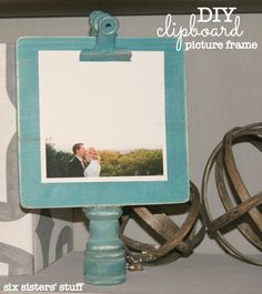 DIY Clipboard Picture Frame by Six Sisters' Stuff Picture Frame Crafts, Picture Frames, Clever Diy, Easy Diy, Dyi, Crafts For 3 Year Olds, Diy Nursery Decor, Interior Design Themes, Crafts With Pictures