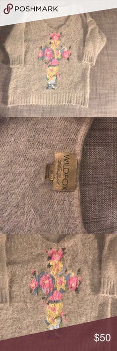 Wild fox sweater Good condition wild fox grey sweater little bit oversize wild fox Sweaters