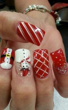 Christmas Nails – Nail Art For Christmas Ideas 9 – Fiveno Christmas Nail Polish, Christmas Nail Art Designs, Holiday Nail Art, Xmas Nails, Winter Nail Art, Winter Nails, Winter Nail Designs, Christmas Ideas, Christmas Design