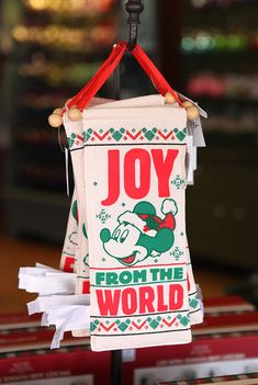 Holidays For Your Home Collection Returns to Disney Parks With New Products!