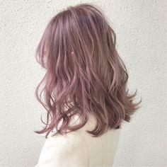 Hair Color Streaks, Hair Color Pink, Hair Dye Colors, Pink Hair, Shot Hair Styles, Curly Hair Styles, Dusty Rose Hair, Hair Color Underneath, Ulzzang Hair