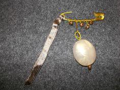broche épingle perle ovale & ruban