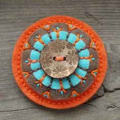 Zen Stitching - How to Embroider a Mandala with No Pattern Wool Applique Patterns, Felt Patterns, Felt Applique, Penny Rugs, Felt Crafts, Fabric Crafts, Wool Embroidery, Felt Decorations, Felt Brooch